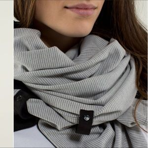 Lululemon Vinyasa Scarf Rulu Striped Grey Scarf